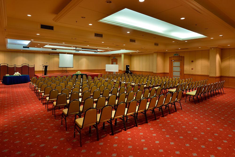 Seminar Hall (Pearl 8)